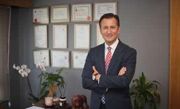 """Dr. İlker Kiriş: """"Varisler sadece bir estetik konu olmayıp ciddiye alınması gereken bir sağlık sorunudur!"""""""